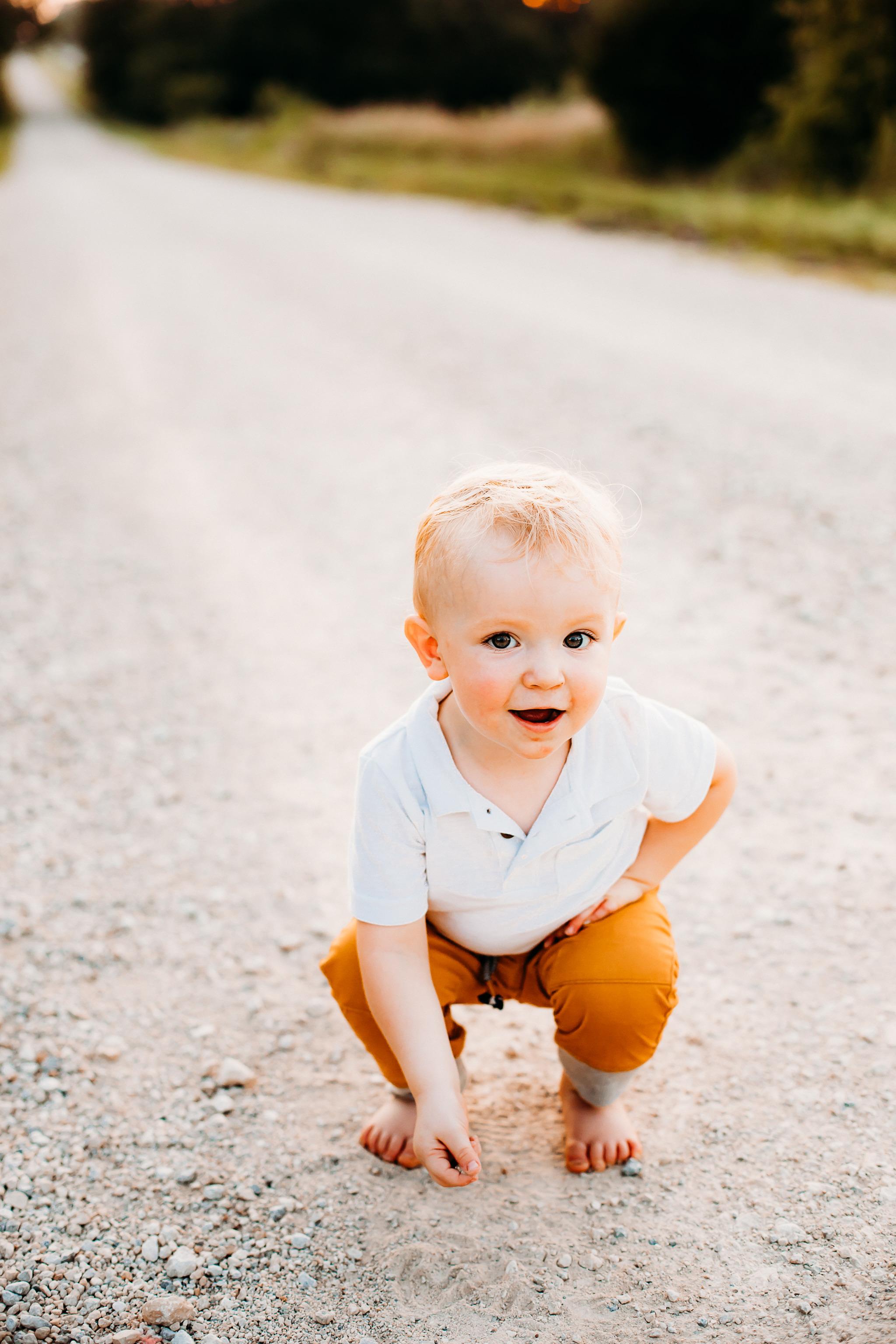 lawrence kansas photographer, kansas, olathe ks, newborn photographer, infant photographer, overland park kansas, topeka, sunset photography, infant photography, lawrence kansas photographer