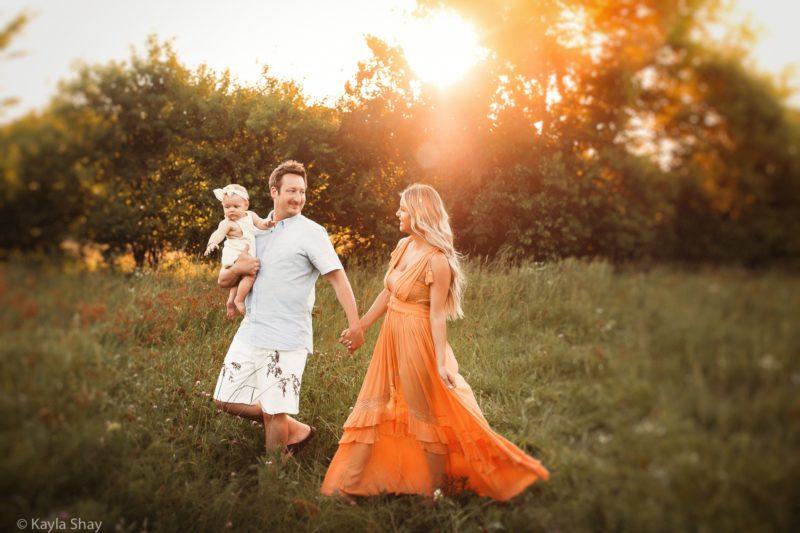 Family Portrait photographer, Lawrence Kansas, Overland park, kansas, lawrence ks, newborn photographer, olathe, olathe ks, photographer, portraits, studio photographer